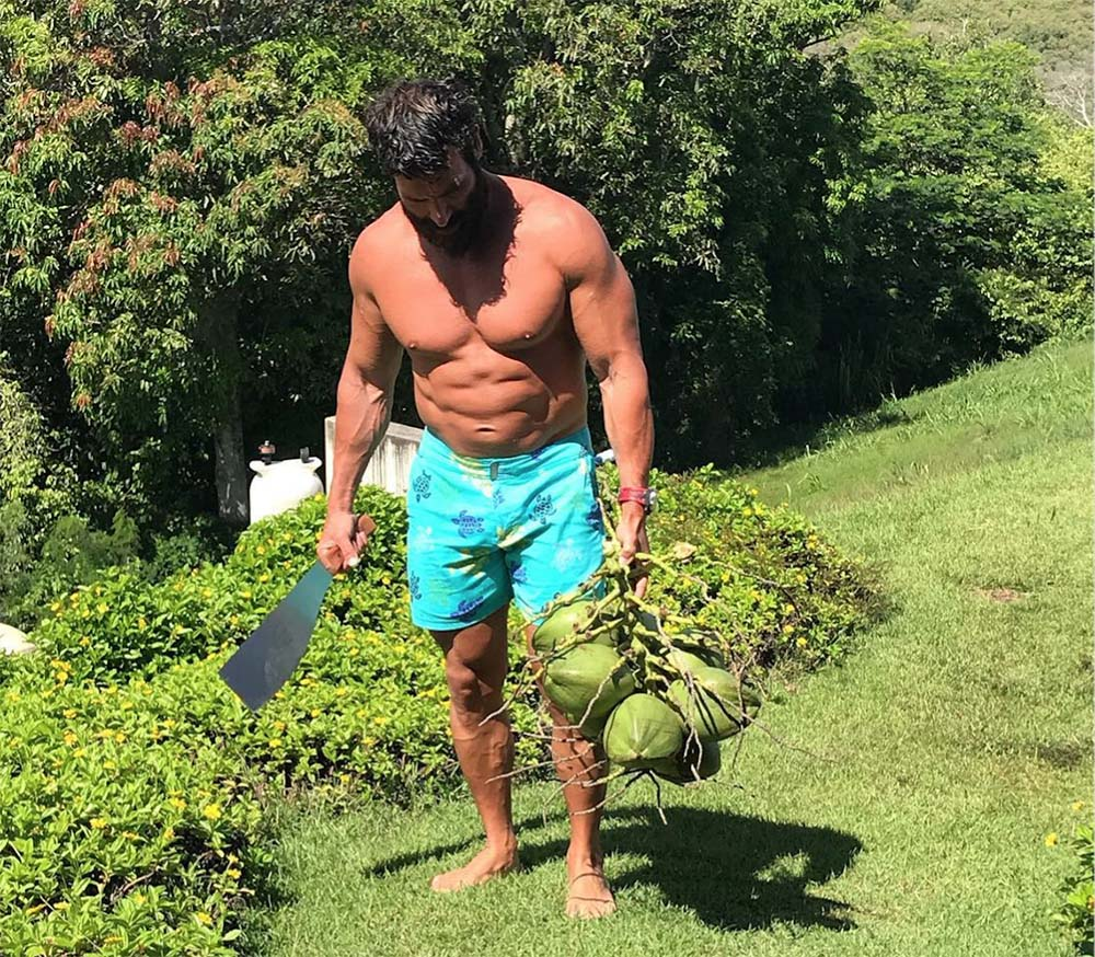 8fb428dcb9e7 Bilzerian has actually become quite the bodybuilding enthusiast lately and  is looking very muscular in recent pictures.