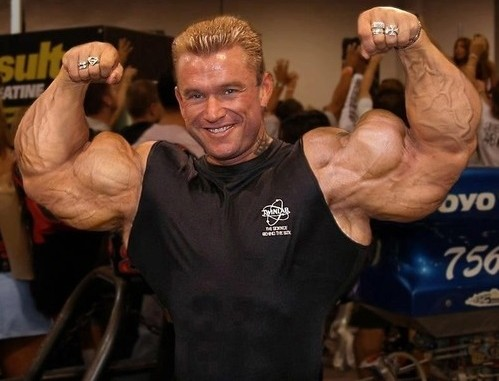 lee-priest-big-arms-499x381