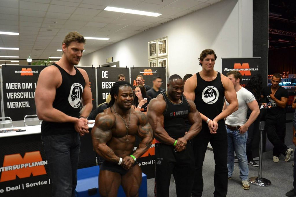 Dutch Bodybuilder Towers over Phil Heath, Jay Cutler and